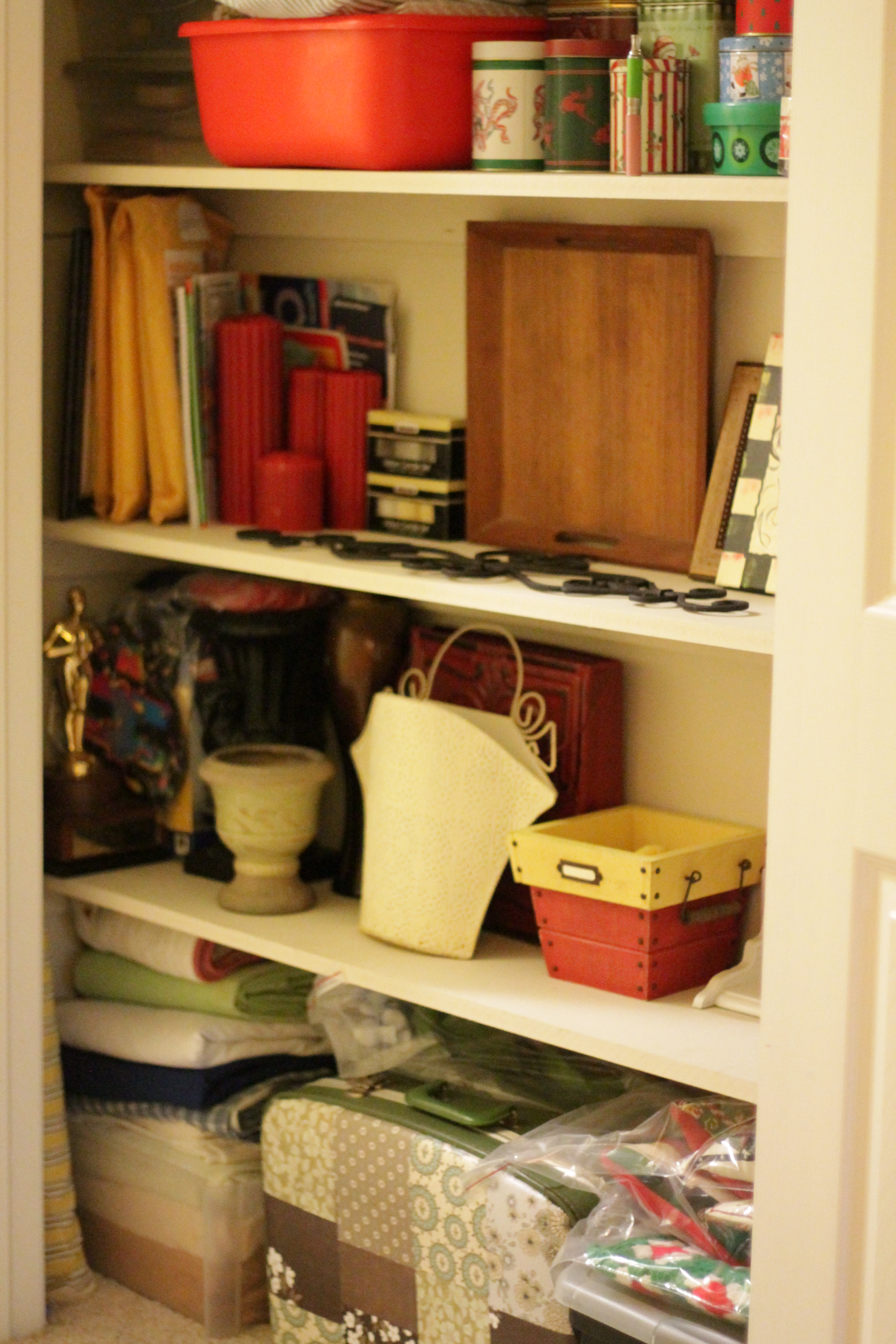 Closet organization 021