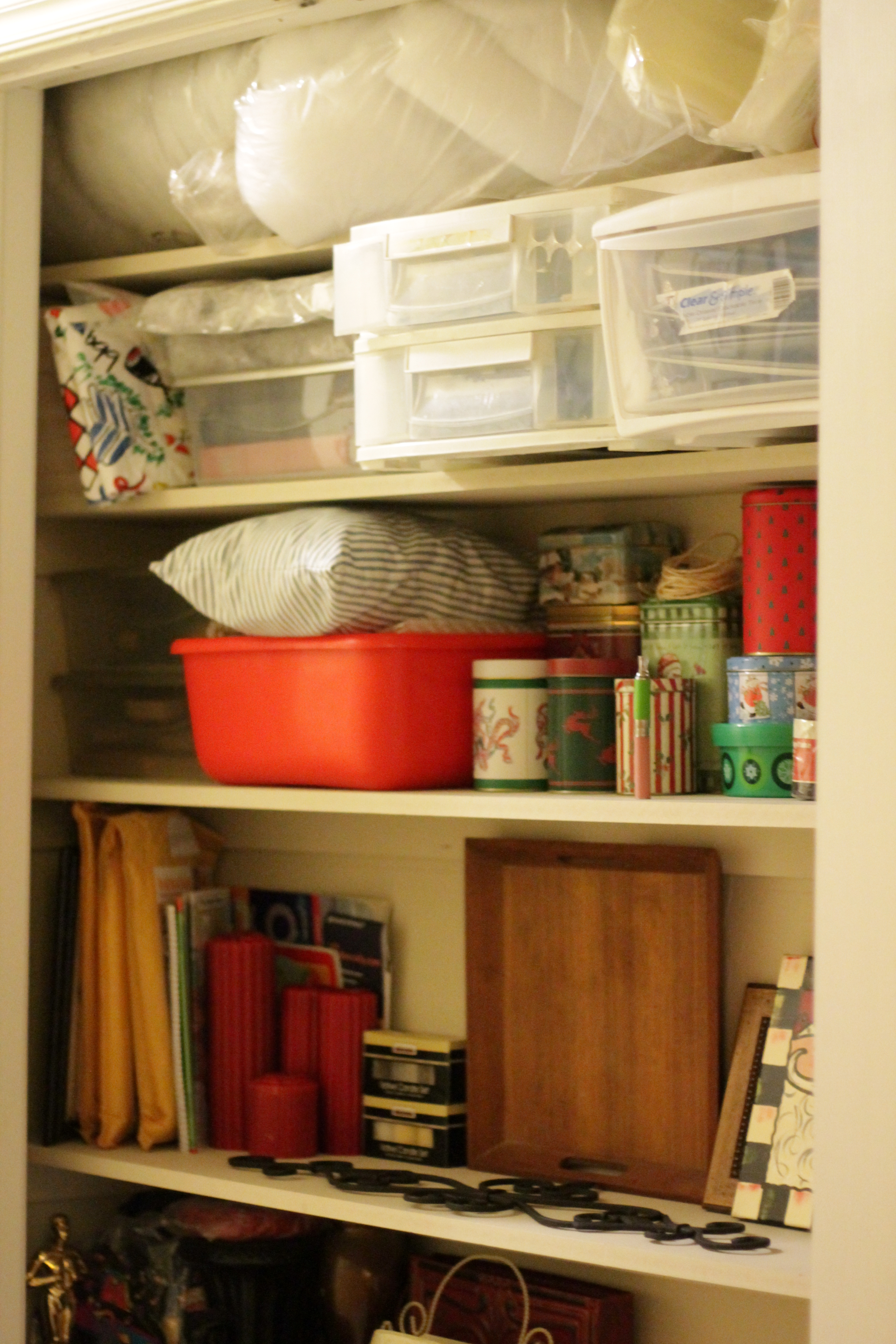 Closet organization 022