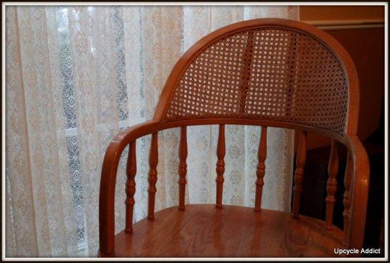 Curb chair 002